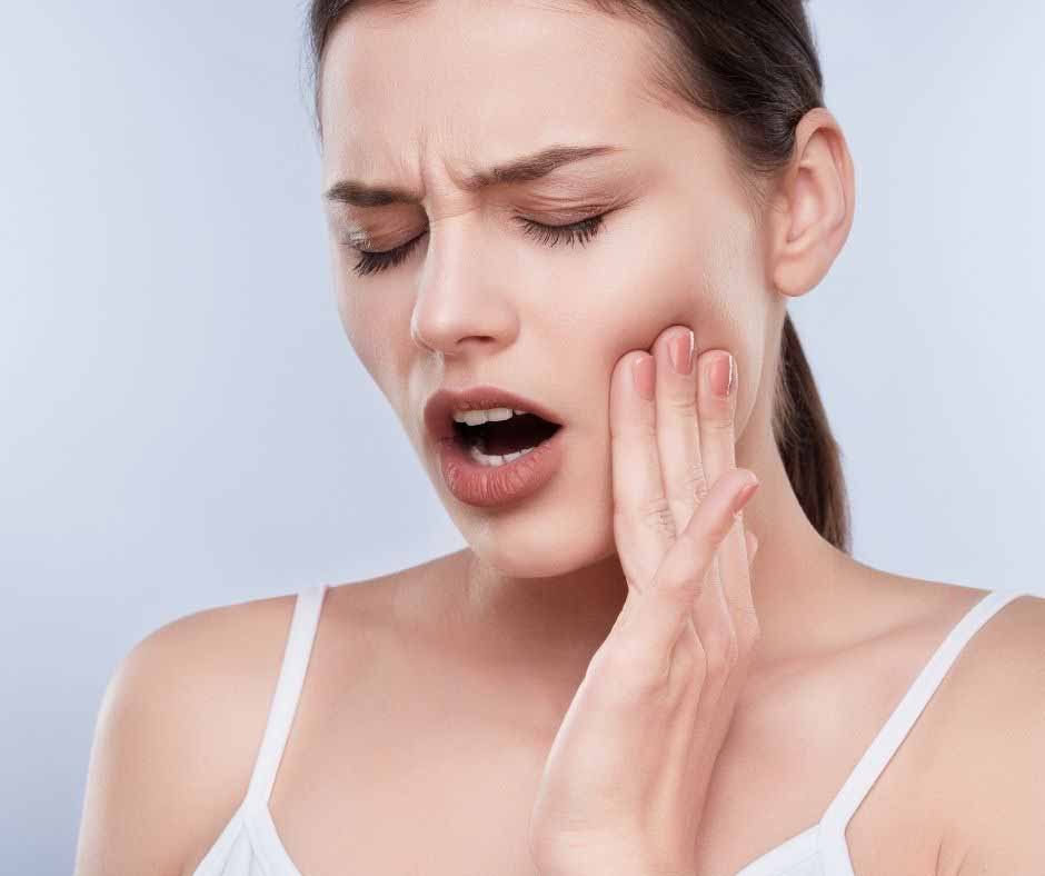 What are the causes of toothache?